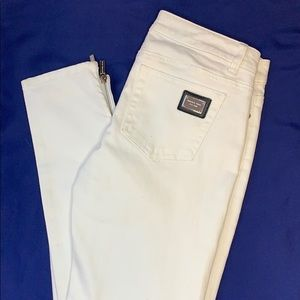 NWOT Michael Kors White Jeans, Silver Zippers